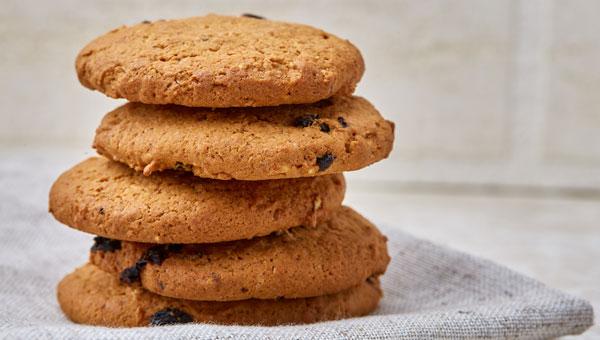 Recipe: Chocolate chip protein snacks