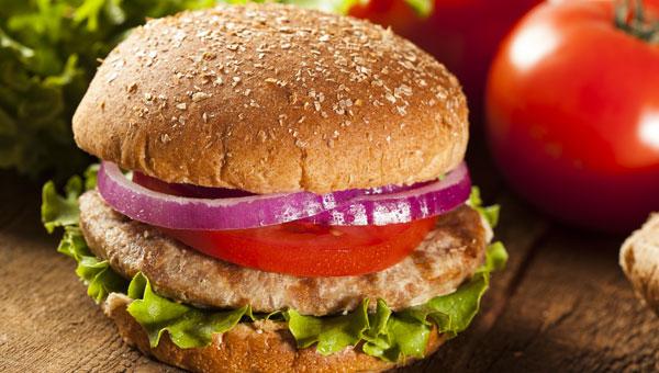Recipe: Savory Turkey Burgers